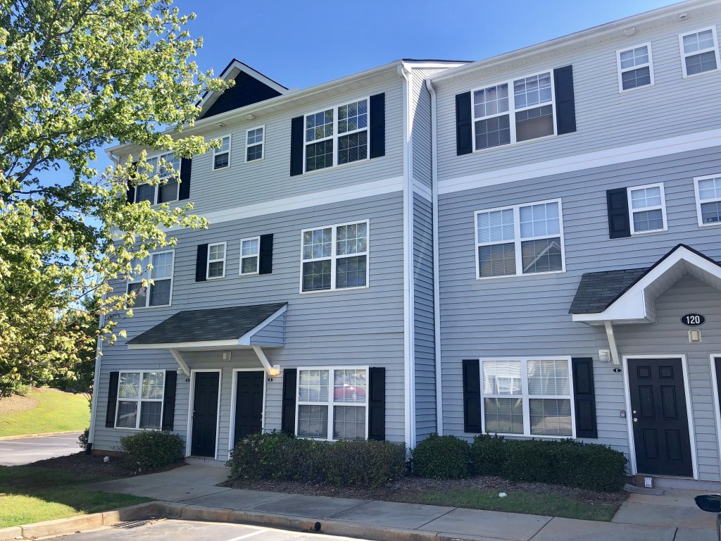 Main picture of Townhouse for rent in Central, SC